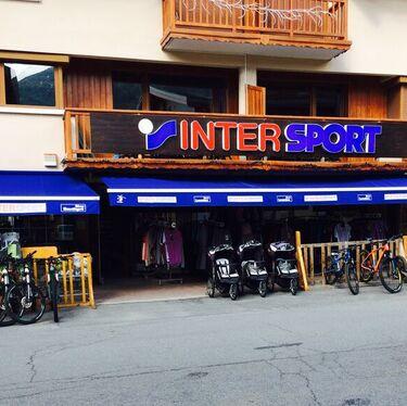 © val-cenis-lanslevillard-magasin-sports_intersport-altitude - <em>Intersport Altitude</em>
