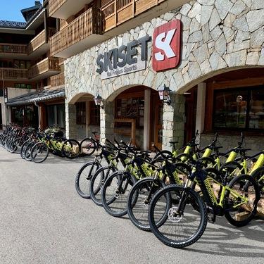 © valfréjus-été-location-cycle_skiset-valfréjus-sport - <em>Skiset Valfréjus sport</em>