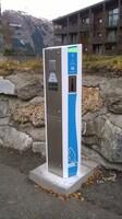 Borne de rechargement pour véhicules électriques