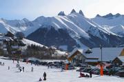 © Les Aiguilles d'Arves en hiver - <em>Office de Tourisme SJA</em>