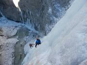 © bonneval-sur-arc-cascade-glace-bureau-guides - <em>Bureau des Guides Yannik Anselmet</em>