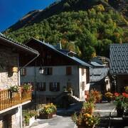 © village de Mizoën - <em>Hôtel le Panoramique</em>
