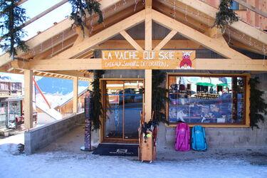 © La Vache qui skie - <em>OT SJA</em>