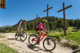 Les Trois Croix en VAE depuis Valloire