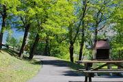 © zone commune de barbecue - <em>Camping des grands cols Saint-Jean-de-Maurienne</em>
