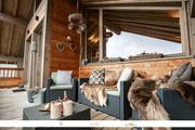 © Magnifique chalet individuel, joliment décoré avec son espace bien être, au coeur de la station de Valfréjus. - <em>LICHÔ / Yannick Bellissand</em>