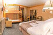 © val-cenis-hotel-alpazur-chambre-quadruple_alpazur - <em>Alpazur</em>