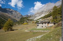 """Rencontre sur sentiers ou stand de découverte  avec les gardes-moniteurs du   Parc national de la Vanoise au """"Hameau de Polset"""""""